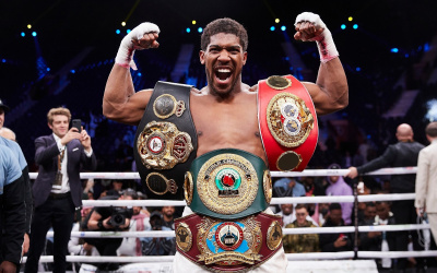 Anthony Joshua makes substantial donation to amateur boxing in Britain 300 million how much did he give olympic gold medal tysin fury next fight when bob arum eddie hearn