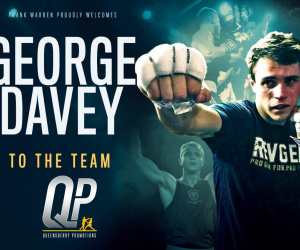 George Davey signs with Frank Warren