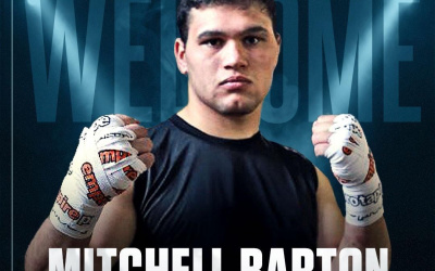 Top heavyweight prospect Mitchell Barton joins Frank Warren's Queensberry Promotions amateur career