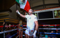 Tyson Fury swaps the UK for the US